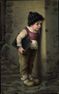 Künstler Ak Kaulbach, Hermann, Drückeberger, Junge mit Schultafel, Novitas 10678