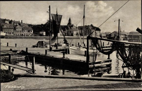 Ak Faaborg Dänemark, Hafenszene, Fischerboote
