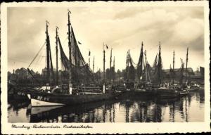 Ak Hamburg Mitte Finkenwerder, Fischerboote im Fischereihafen