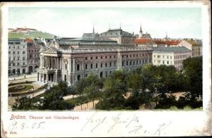 Ak Brno Brünn Südmähren, Theater mit Glacisanlagen