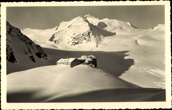 Ak Sölden in Tirol, Braunschweiger Hütte am Mittelberg Gletscher, Winter