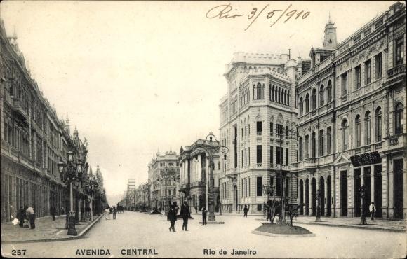 Ak Rio de Janeiro Brasilien, Avenida Central, Straßenpartie, Geschäftshäuser