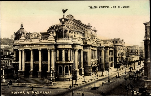 Ak Rio de Janeiro Brasilien, Vista do Teatro Munincipal, Straßenpartie mit Theater