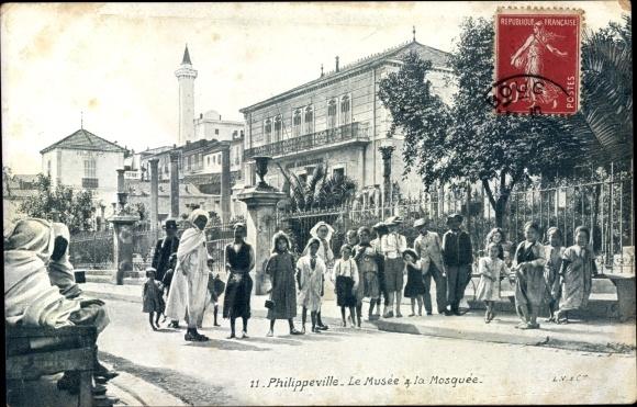 Ak Philippeville Wallonien Namur, Le Musée à la Mosquée