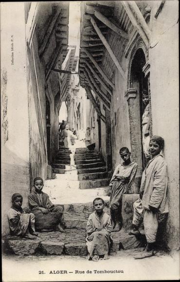 Ak Algier Alger Algerien, Rue de Tombouctou, Partie an Treppen, Kinder