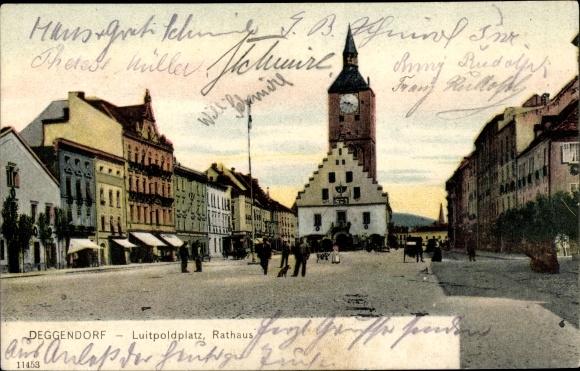 Ak Deggendorf im Bayerischen Wald Niederbayern, Luitpoldplatz, Rathaus