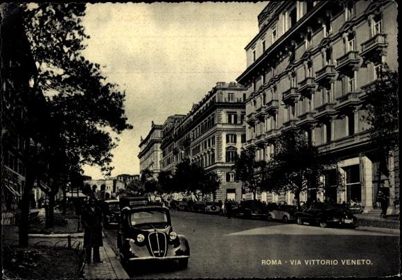 Ak Roma Rom Lazio, Via Vittorio Veneto, Automobile