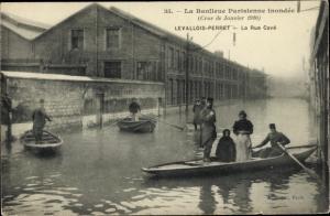 Ak Levallois Perret Hauts de Seine, Inondations 1910, Rue Cavé