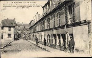 Ak Le Bourget Seine Saint Denis, Cour du Parc