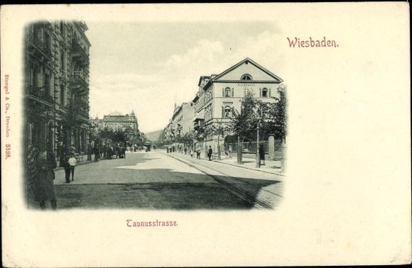 Ak Wiesbaden in Hessen, Blick in die Taunusstraße