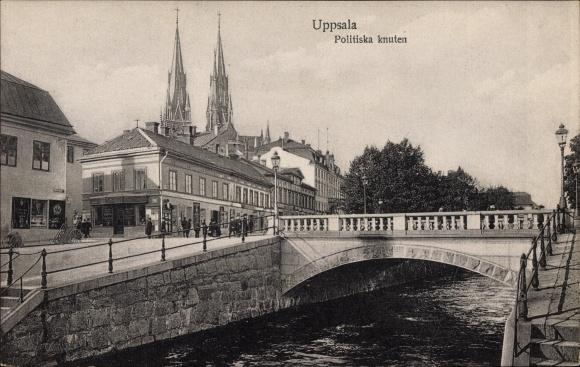 Ak Uppsala Schweden, Politiska knuten