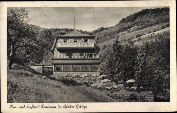 Ak Szczawina Neubrunn Schlesien Schlesien, Kur- und Luftbad, Terrassen Kaffee