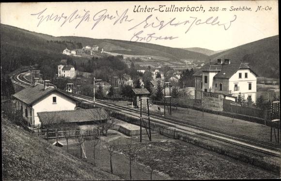 Ak Untertullnerbach in Niederösterreich, Blick auf den Ort, Bahnhof