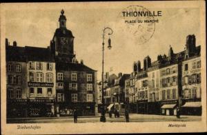 Ak Thionville Diedenhofen Lothringen Moselle, Place du Marché, Marktplatz