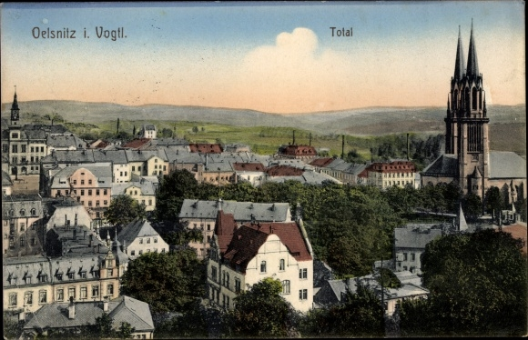 Ak Oelsnitz Vogtland, Totalansicht, Kirche