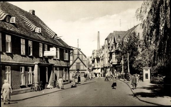Ak Lübz in Mecklenburg Vorpommern, Ernst Thälmann Straße