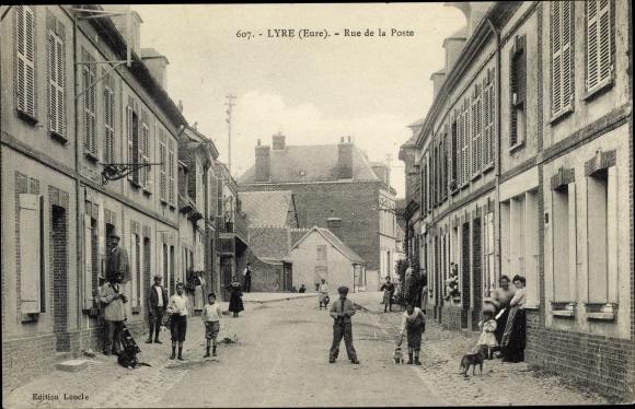 Ak Lyre Eure, Rue de la Poste