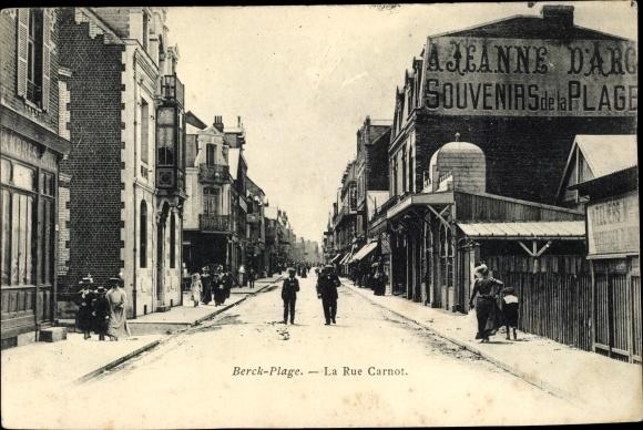 Ak Berck Plage Pas de Calais, Rue Carnot