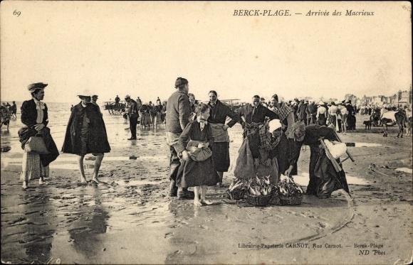 Ak Berck Plage Pas de Calais, Arrivée des Macrieux