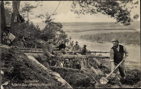 Ak Saint Souplet Nord, Soldatenbeim Bau von Unterständen