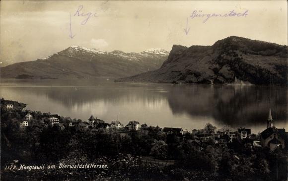 Ak Hergiswil Kt. Nidwalden, Vierwaldstättersee, Ortschaft mit Landschaftspanorama