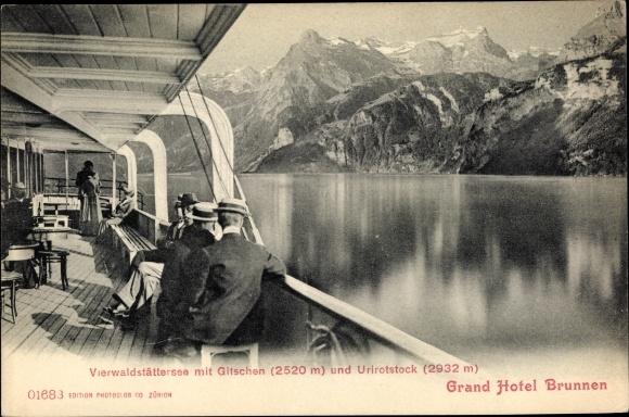 Ak Kt. Schwyz Schweiz, Vierwaldstättersee, Gitschen, Urirotstock, Grand Hotel Brunnen, Salondampfer