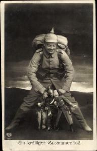 Ak Propaganda 1. Weltkrieg, Deutscher Soldat, Ein kräftiger Zusammenstoß