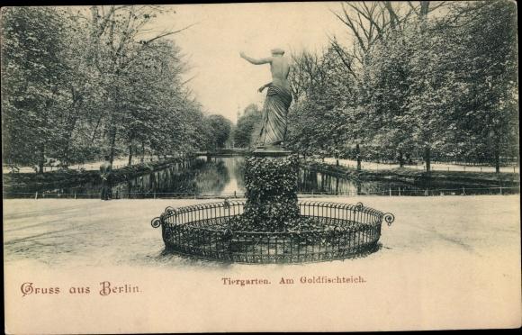 Ak Berlin Tiergarten, Goldfischteich, Statue 0