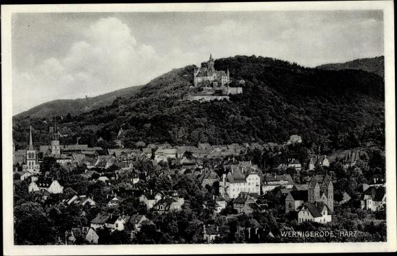 Ak Wernigerode am Harz, Gesamtansicht mit Schloss 0