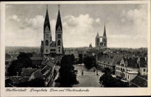 Ak Halberstadt in Sachsen Anhalt, Domplatz, Dom und Martinikirche