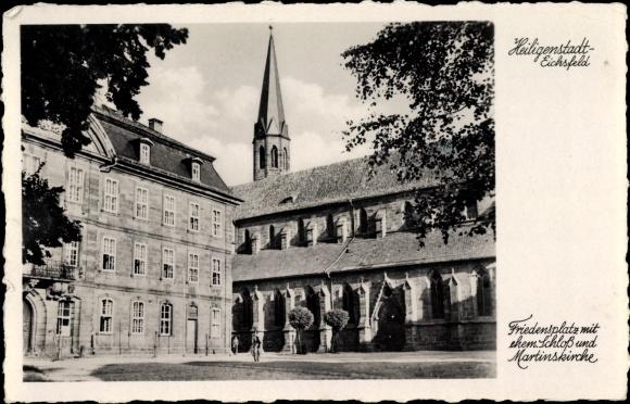 Ak Heiligenstadt Eichsfeld Thüringen, Friedensplatz mit ehem. Schloss und Martinskirche 0