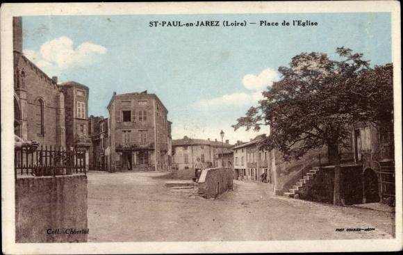 Ak St. Paul en Jarez Loire, Place de l_'Église 0