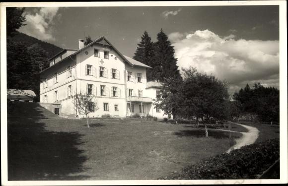Foto Ak St. Wolfgang im Salzkammergut in Oberösterreich, Mütterheim vom Roten Kreuz