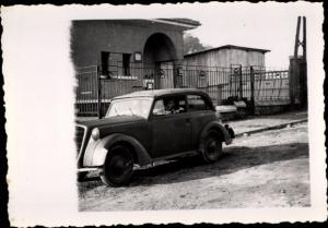 Foto Fahrer in einem Automobil, Oldtimer