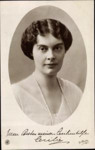 Ak Kronprinzessin Cecilie von Preußen, Portrait, Cecilienhilfe