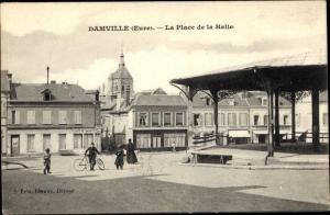 Ak Damville Eure, La Place de la Halle