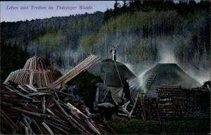 Ak Thüringer Wald, Köhler bei der Arbeit