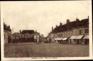 Ak Lorris Loiret, Place du Martroi