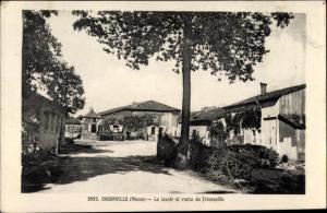 Ak Dagonville Meuse, Le lavoir et route de Tricouville