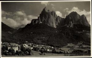 Ak Siusi allo Sciliar Seiss am Schlern Kastelruth Südtirol, Blick gegen G. Schlern