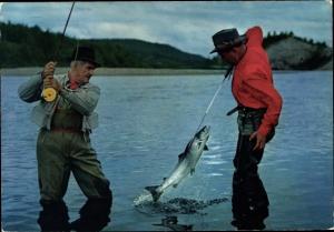 Ak Norwegen, Herlig liv og flott fangst, Zwei Angler mit Fang