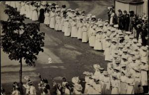 Foto Ak Erfurt in Thüringen, Festumzug 1910, Frauen in weißen Kleidern