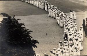 Foto Ak Erfurt in Thüringen, Festumzug 11 Juni 1914, Frauen in weißen Kleidern