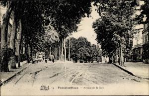 Ak Fontainebleau Seine-et-Marne, Avenue de la Gare
