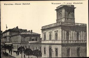 Ak Warszawa Warschau Polen, Wiener Bahnhof, Straßenseite