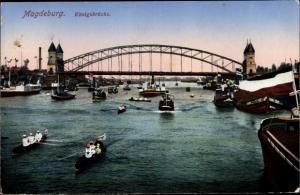 Ak Magdeburg in Sachsen Anhalt, Königsbrücke, Ruderpartie