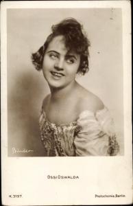 Ak Schauspielerin Ossi Oswalda, Portrait