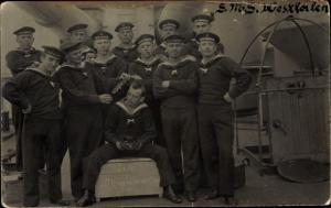 Foto Ak Seeleute der SMS Westfalen, Matrosen