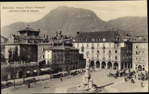 Ak Bozen Bolzano Südtirol, Ortsansicht, Piazzo Vittorio Emanuele coll' Hotel Citta di Bolzano