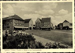 Ak Geldern in Nordrhein Westfalen, Markt mit Blick in die Issumer Straße, Schmitz am Markt